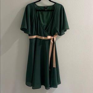 H&M women's size 14 wrap dress. Forest green